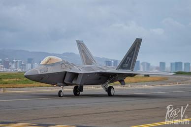 36_F-22A_05-4098_TY_199FS_Taxi_3.jpeg