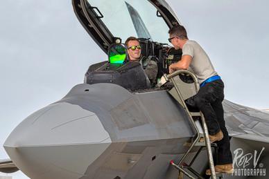 5_F-22A_Pilot_Crewchief_2.jpg