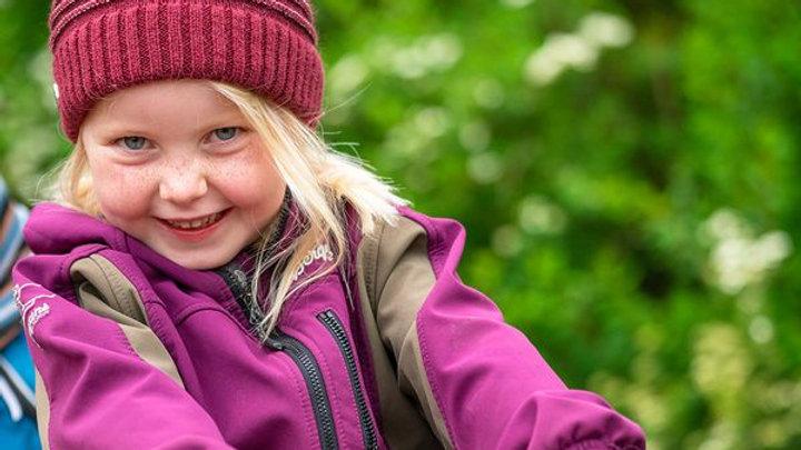 Barnelue i alpakka med refleks
