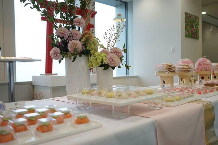 外資 銀行様丸ビルオープニングレセプション和菓子ケータリング