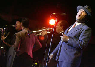 Brian Swartz with Big Bad Voodoo Daddy 2007