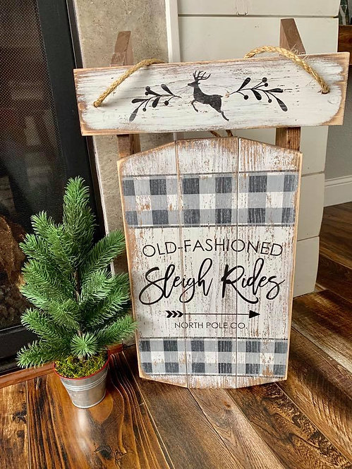 Old Fashioned Christmas Sleigh