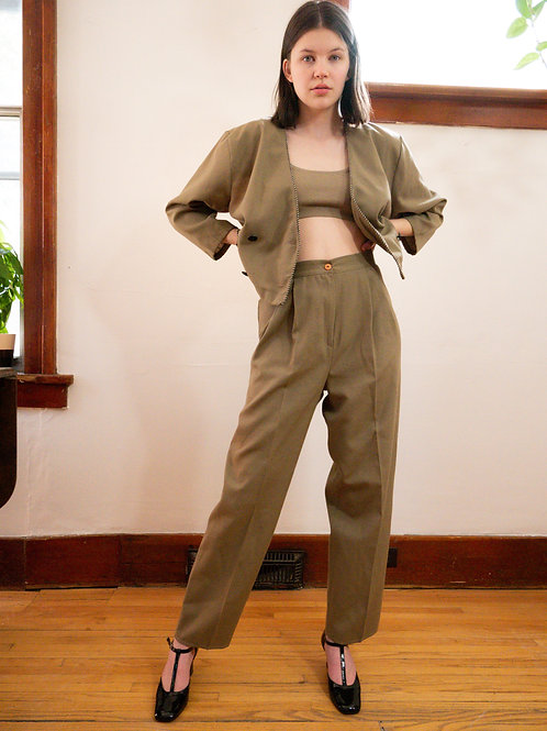 Beige 2-piece Suit (6)