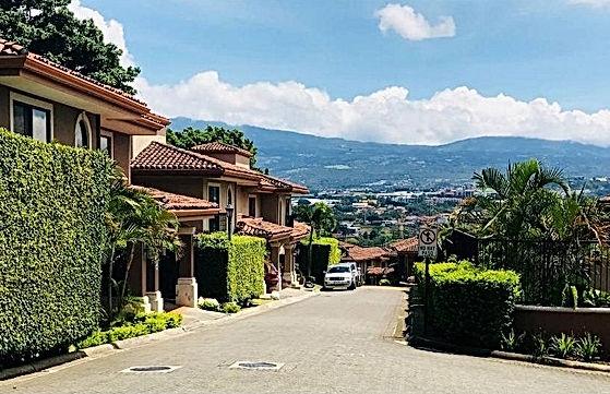 Escazu For sale by owner condo