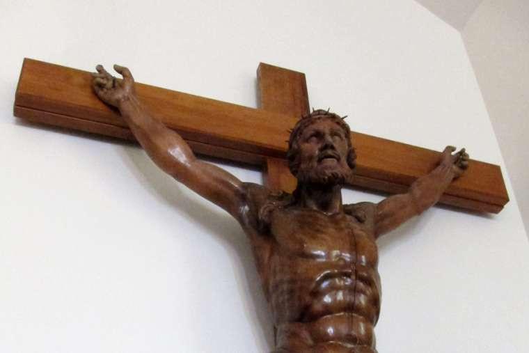 cross, crucifix, italy, bavaria, catholic news agency