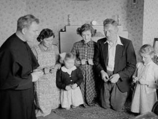 Catholic Fatherhood: Fathers Lead Families to Christ