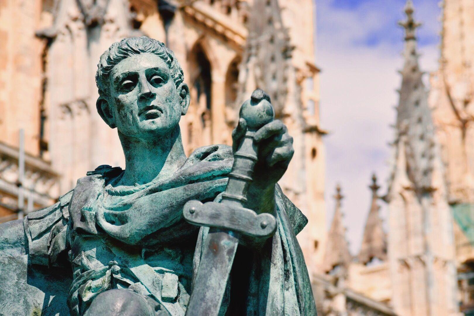 statue-of-emperor-constantine-outside-cathedral-575421217-589a0e313df78caebc1f4107