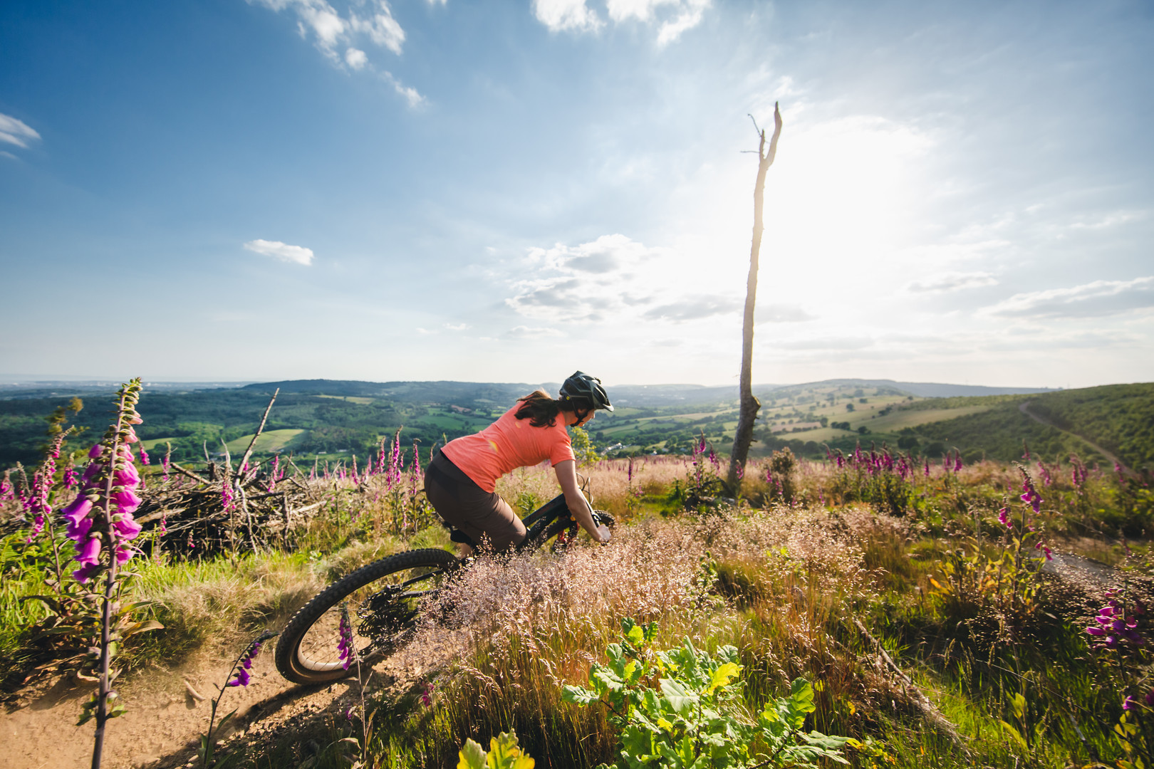 Manon Carpenter riding in the South Wales Valleys