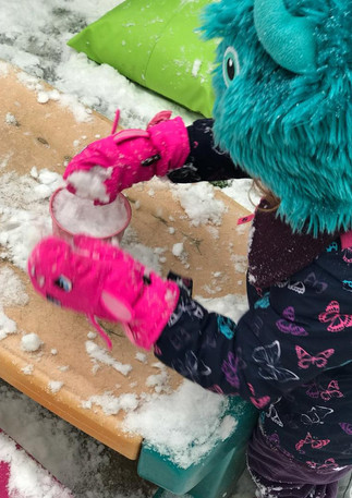 snow play at Sutherland Nursery