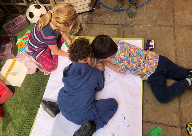 Sutherland garden learning through free style drawing