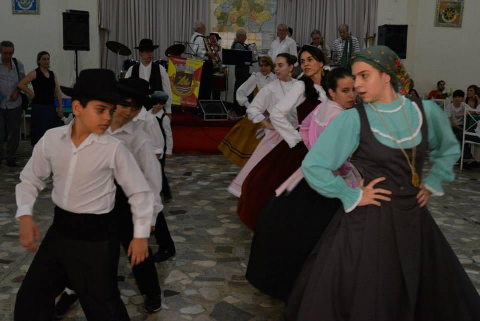 Grupo Folclórico Mirim Lima Abreu
