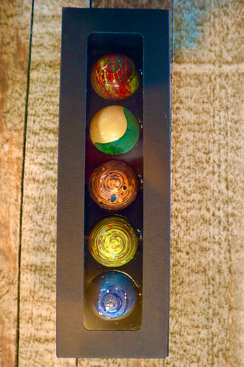 Visser Picasso Dome Chocolates