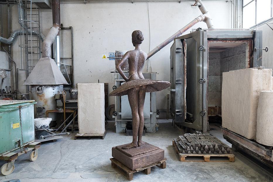kevin_berlin_fu_ballerina_in_progress_it