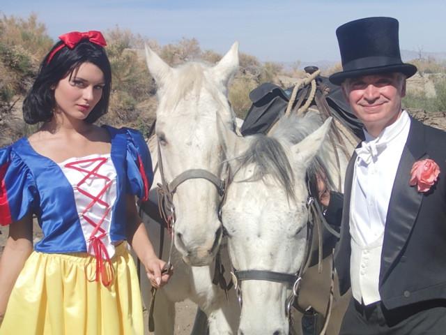 Art Fair Opens With Fairy Tale Wedding   The Desert Sun