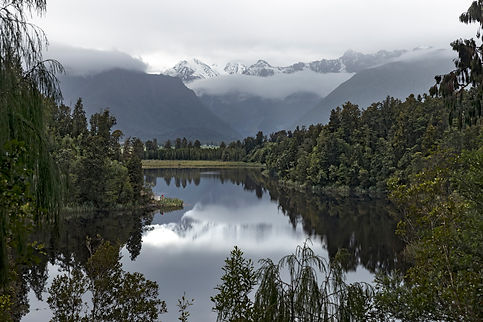 9921-Lake Matheson-West Coast-Miles-Hold