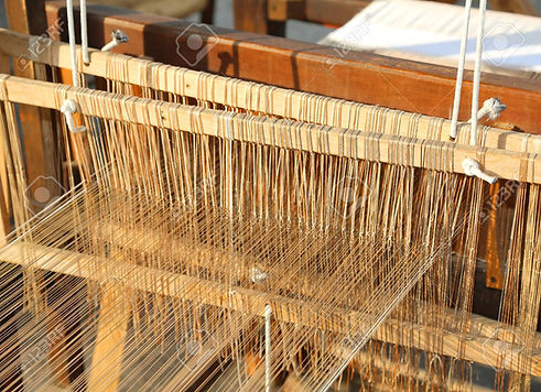 45528127-wooden-spinning-frame-for-texti