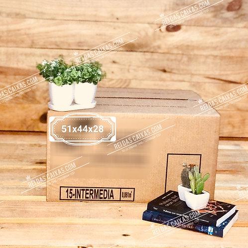Caixa de papelão seminova intermediária / parede simples 📏51compx44largx28alt