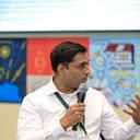 Prof Nitin Agarwal presenting his views.