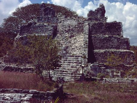 Una de las zonas arqueologicas más hermosas y poco visitadas cerca de Cancún