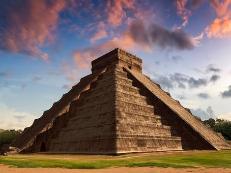 Leyendas mayas: historia e información de la pirámide de Chichén Itzá, México