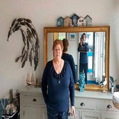 Mujer francesa declarada muerta busca demostrar que está viva