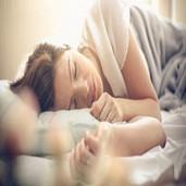 Sitio web le paga a las personas 2.000 dólares para ver como duermen
