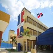 Ministro Educación garantiza retorno a clases presencial en 48 municipios