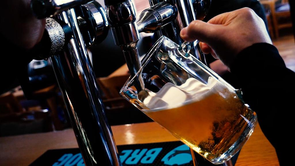 beerporing.jpg