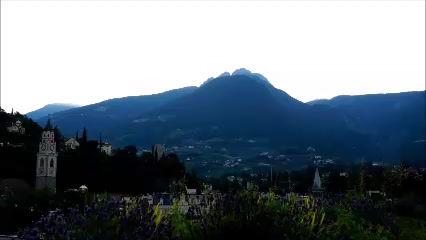 Sunrise over Iffinger peak time-lapse