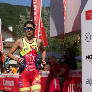 Zsofia Kovacs the winner of 32nd Lake Caldaro triathlon, ITA, 2021