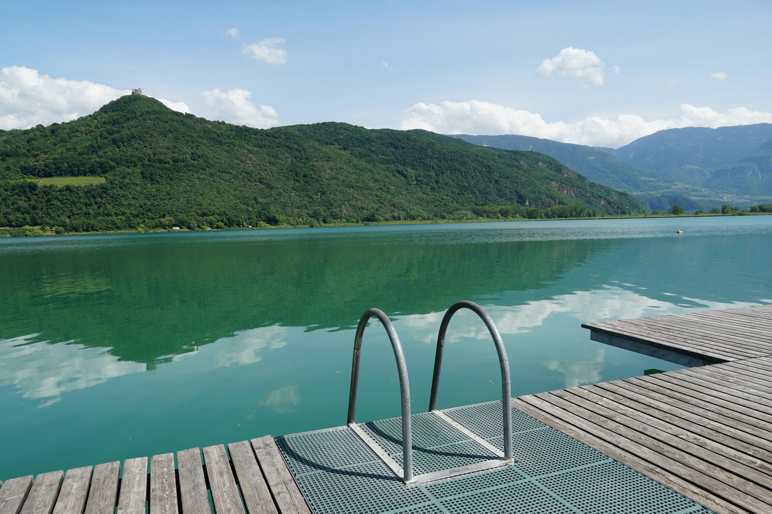 Calm waters of Kaldaro lake. Season begins but nobody knows how...