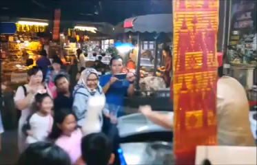 Floating Market in Pattaya, Thailand.