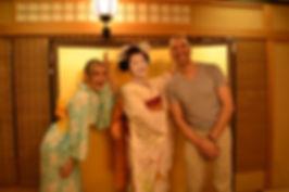 舞妓さんと外国人観光客