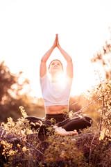 Herz Gold Isabel Semmel Fotografie Würzburg Yoga 01