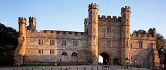 battle-abbey-gatehouse.jpeg