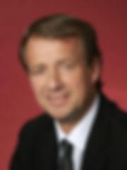 Dirk-Lüders_zugeschnitten.jpg