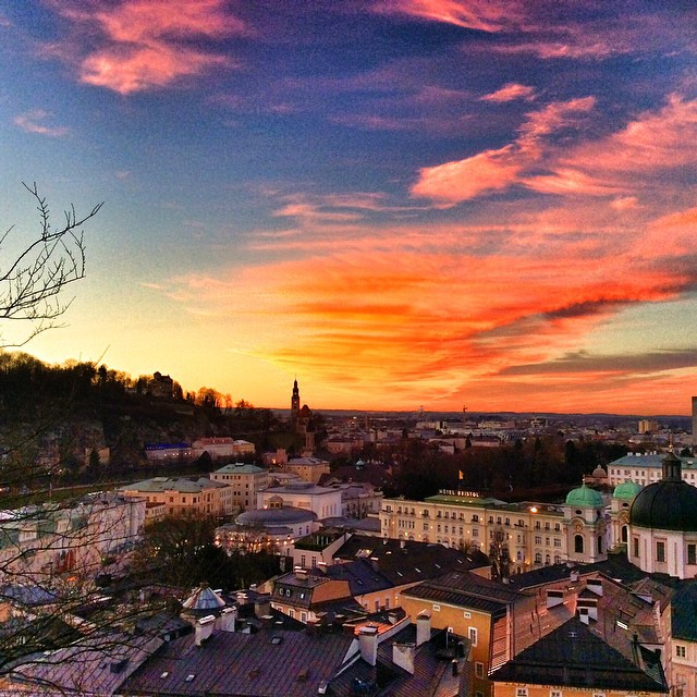 Christmas greetings from Utopia! #salzburg #austria #christmas #sunset
