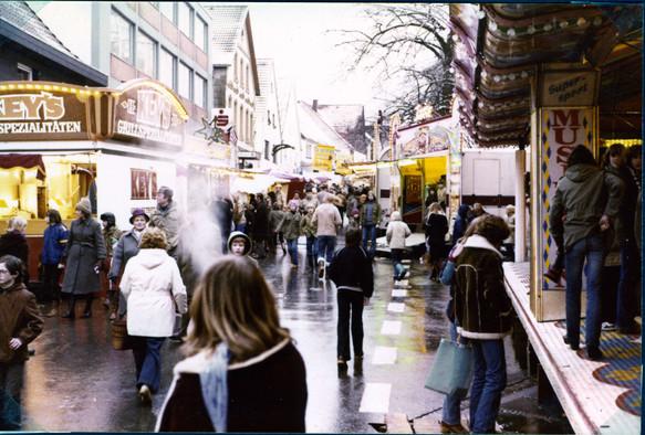 Weihnachtsmarkt 1980 04.jpg