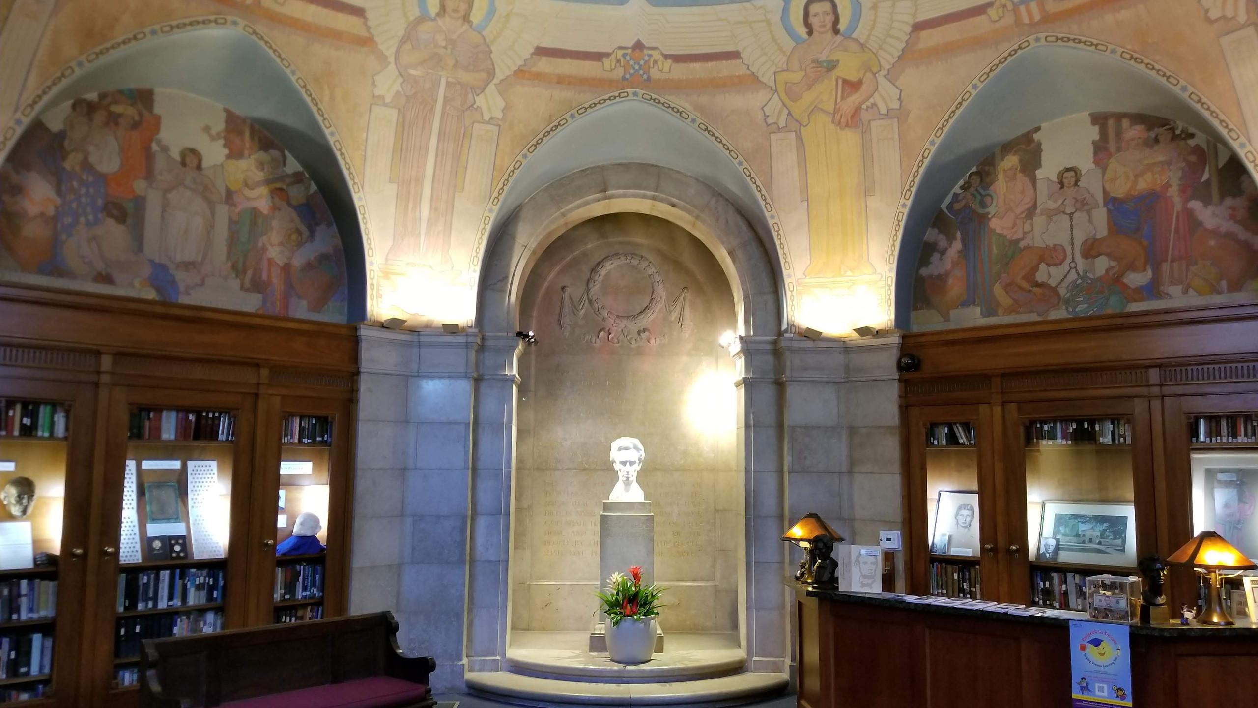 Lincoln Shrine