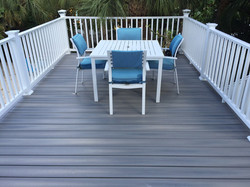 trex-deck-dining-area