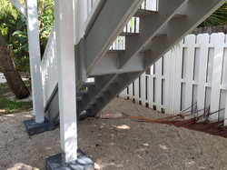 stairs-to-second-story-deck