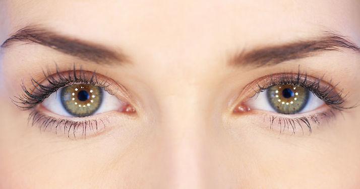 Rejuvenecimiento-de-la-zona-de-ojos.jpg