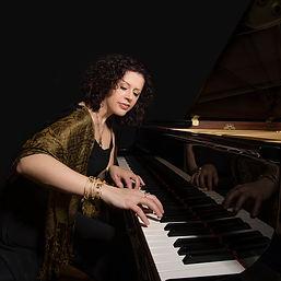 Milana Zilnic - Piano & Keyboard