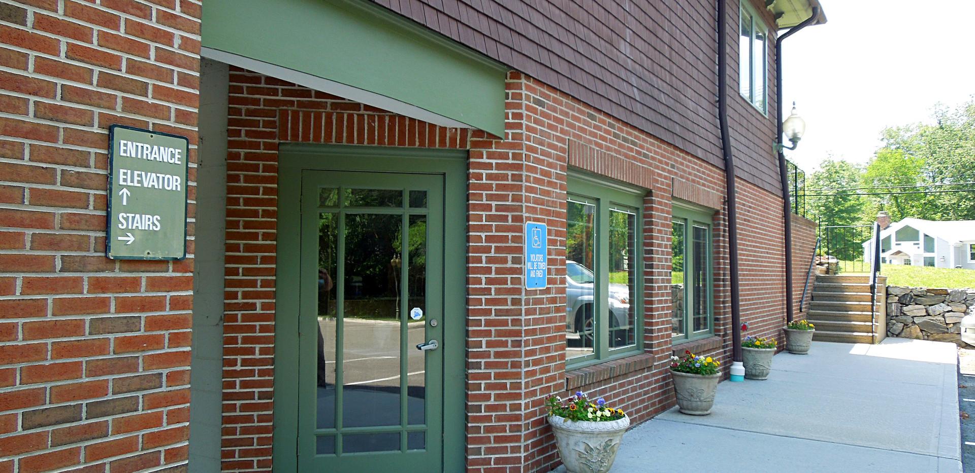 162 Danbury Road - Ground Floor Entrance