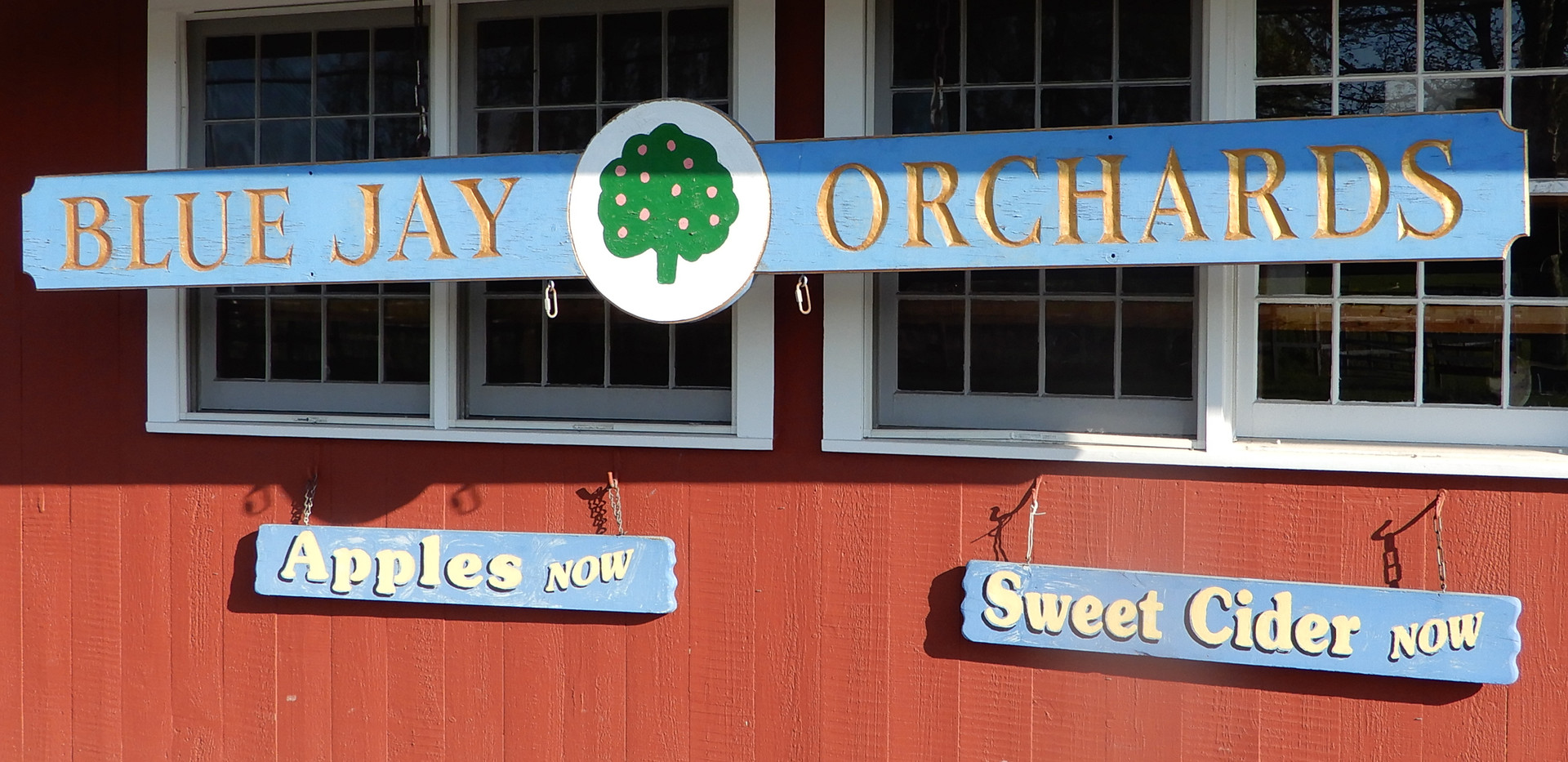 Blue Jay Orchards - Market Sign