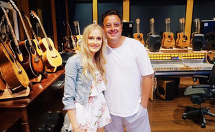 EJ Meets Country Music Legend Vince Gill