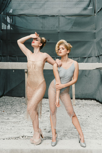 Lara_De_Donno_Shooting_Twins1.jpg