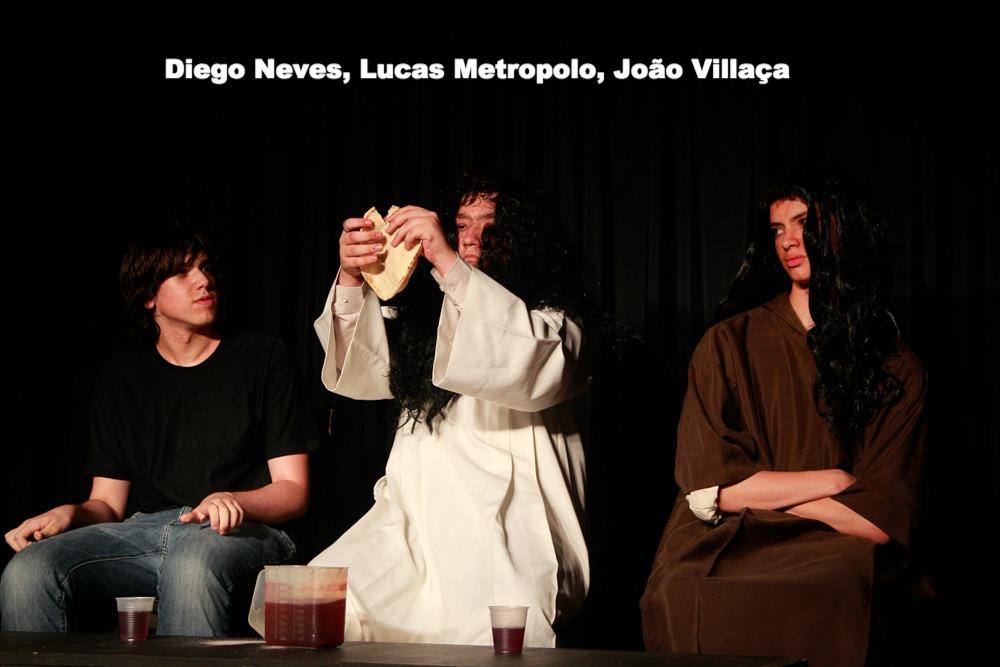Diego Neves, Lucas Metropolo, João V