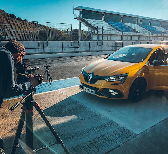 tournage pub voiture Renault megane 4 RS