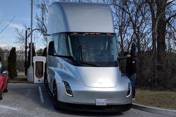 Tesla Semi - Coming Soon